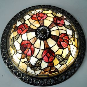 Retro Rose Shell Tiffany Ceiling Light with 3-lights